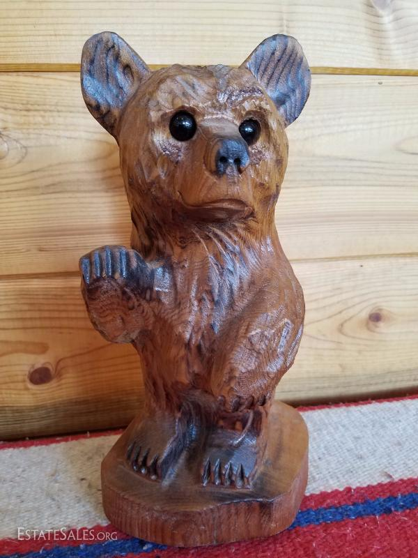 Lot B37 Small Hand Carved Wooden Bear Stump Statue Estatesalesorg
