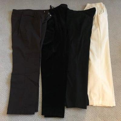 Lot 13-Lot of Ladies' Pants Size S
