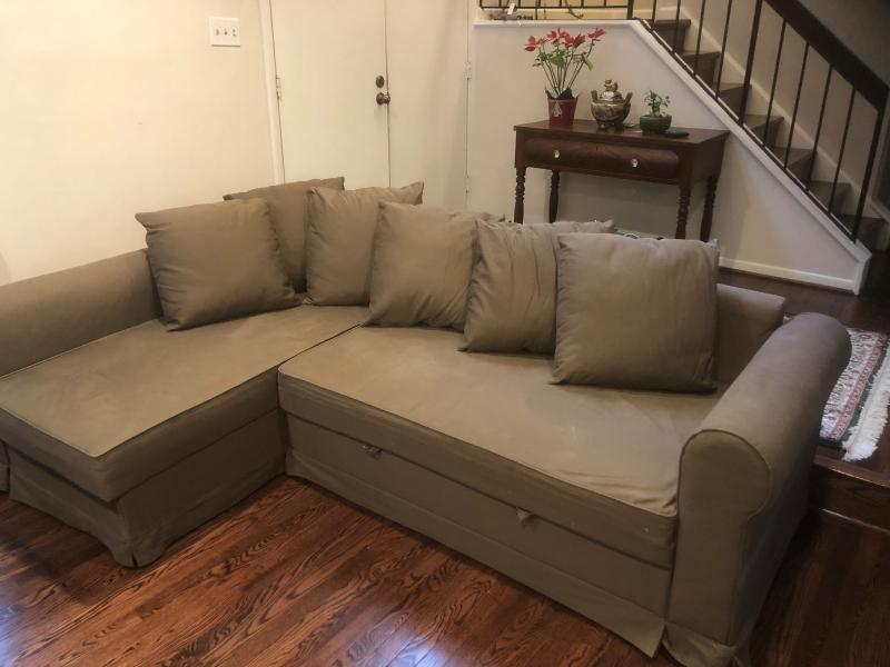 Swell Ikea Moheda Pull Out Sectional Sofa Estatesales Org Creativecarmelina Interior Chair Design Creativecarmelinacom