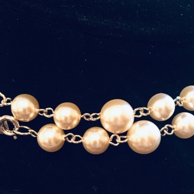 Vintage Everyday Faux  Silver and Pearls Necklace & Earrings
