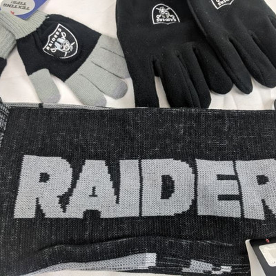 Raiders Scarf & 2 Gloves - New