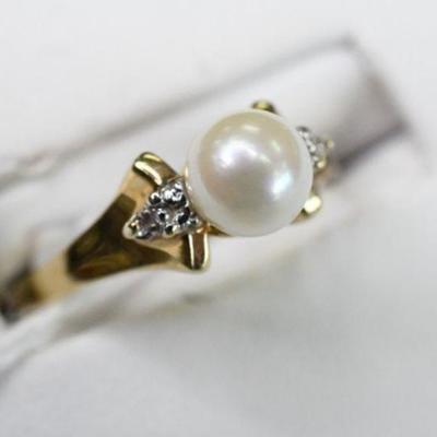 14K Gold Natural Diamond & Pearl Ring