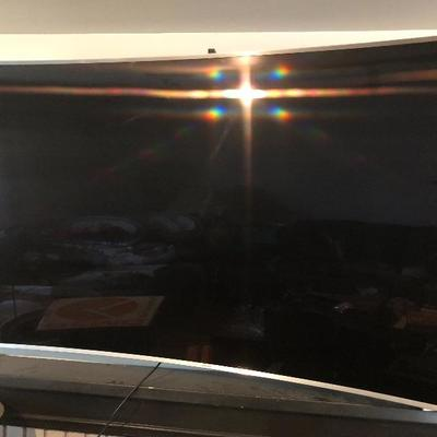 """2015 Samsung 78"""" TV Model # un78js9500F Full HD Curved Smart 4K TV, 3D 2160, 4K SUHD, LED internet TV PLUGGED IN AND WORKING   Newer..."""