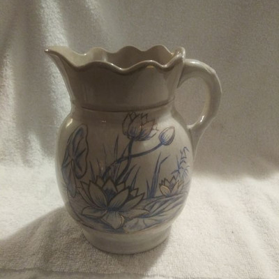 Nice Franklin Pottery Pitcher