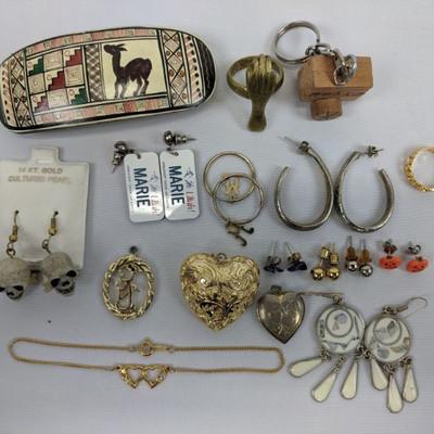 Costume Jewelry: 9 Earrings, 3 Pendants, Bracelet, 2 Rings, Hair Clip, Keychain