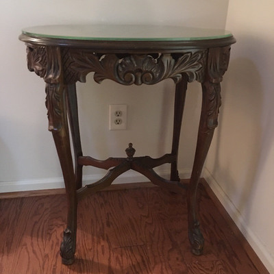Lot 1 - Side Table