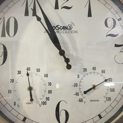 Lot 1 Clock Sky Scan Atomic 23