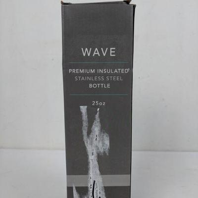 Wave Premium Insulated Stainless Steel Bottle 25 oz Black/White Crack-Look - New