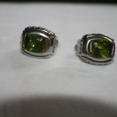 Vintage Silvertone Clip On Earring with Green Stone