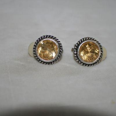 Vintage Silvertone Round Clip On Earrings with Topaz Stone