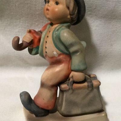 Vintage Hummel / Goebel Figurine - Merry Wanderer # 11/0 - TMK-6 - Box