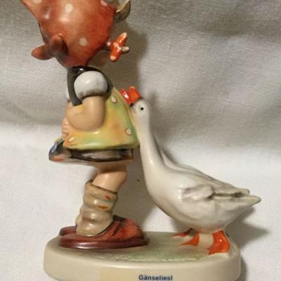 M.I. Hummel Goebel Figurine Goose Girl #47 3/0 TMK3 Figurin