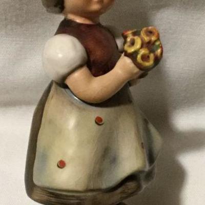 Vintage Hummel Goebel For Mother Figurine No. 257
