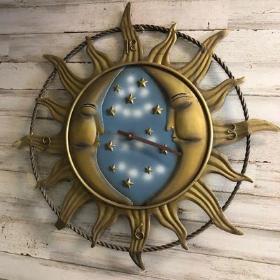 Lot #05 Metal Sun and the Moon Clock