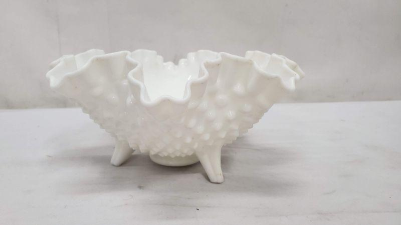 White Hobnail 3-Toed Candy Dish, Ruffled Crimped Edge, Nut/Candy Dish, Unmarked