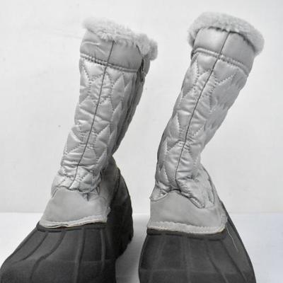 Snow Boots Women Size 9