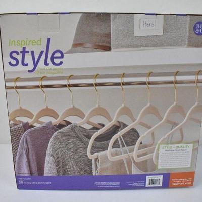 Better Homes & Gardens Non Slip Ultra Slim Hangers Beige 30 Pc Set - New