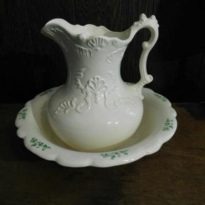 Ceramic Water Pitcher and Basin Set