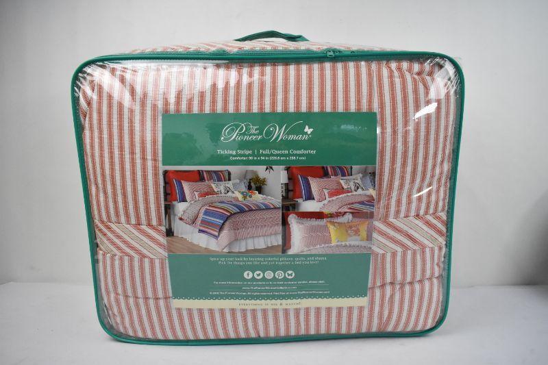 Pioneer Woman Full/Queen Comforter Red Ticking Stripe - New