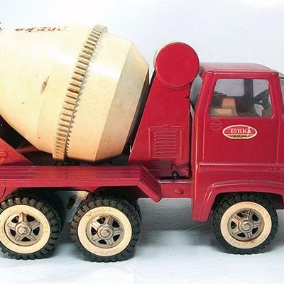 Tonka Cement truck, missing pieces