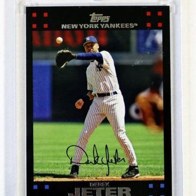 2007 TOPPS DEREK JETER NYY17 Limited Edition BASEBALL CARD