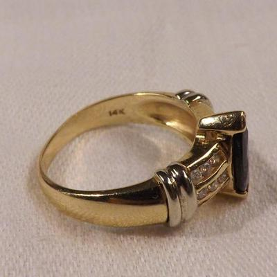 Vintage 14k Yellow Gold Ring with Marquis Cut Blue Sapphire