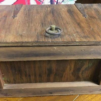 Lot#003 Treasure Box