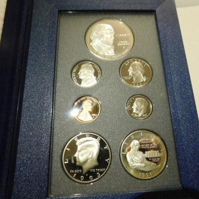 US Mint 1993 Prestige Bill of Rights 7 Coin Set with Silver Dollar and Half-Dollar COA
