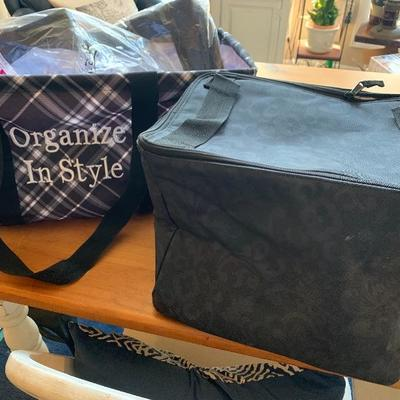 NEW THIRTY ONE ORGANIZE IN STYLE TOTE AND INSULATED COOLER  WITH TOTE LID