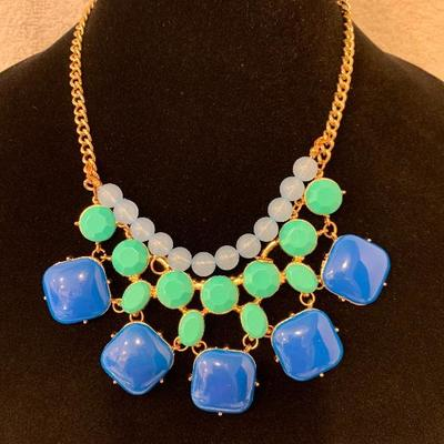 Blue, Green & White Necklace - NEW