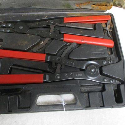 Lot 2 - Stinger Snap Ring Pliers Set