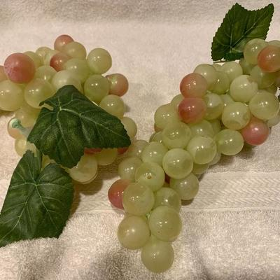 New Two Bundles of Real Look Grapes