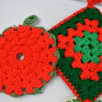 8 Piece Vintage Kitchen Linens: Red & Green Crochet & Knit, and Christmas Fabric