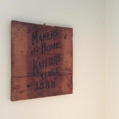Lot # 20. Lot of yarn winder and knitters sign