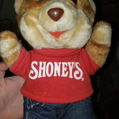 Shoneys Bear