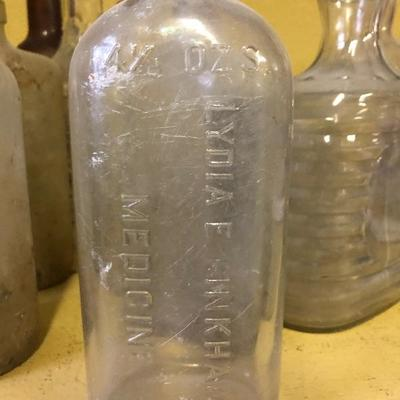 Lot 4 Vintage bottle