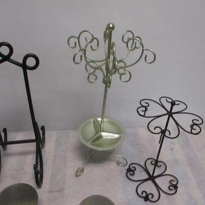 Lot 3 - Picture Jewelry Display Stands Organizers