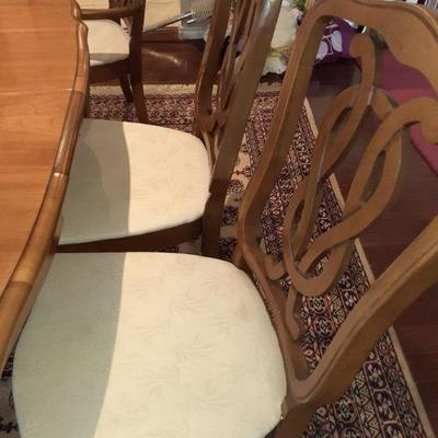 FULL DINING ROOM TABLE SET