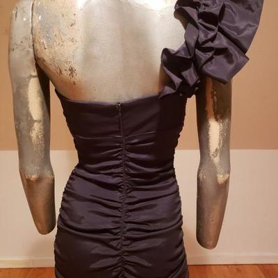 CACHE' Ruched LBD black single shoulder ruffled midi dress