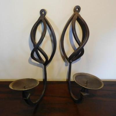 Pair of Contemporary Design Wrought Iron Wall Sconce Candle Holders 12