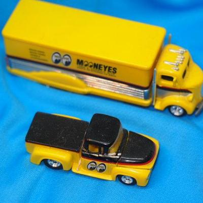 HOT WHEELS MOOG Equiptment Collectable Trucks       156