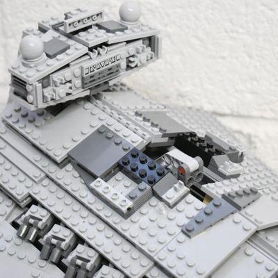 Lot LEGO-19: LEGO Star Wars #75055