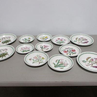 Lot 3 - Botanic Garden Potmeiron Plates