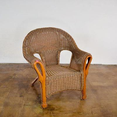 Lovely Brown Resin Wicker Chair with Swan Neck Frame