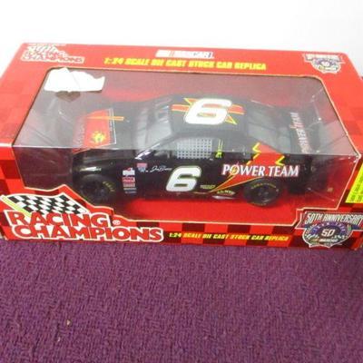 Lot 4 - Racing Champions 1:24 1998 #6 Power Team / Joe Bessey