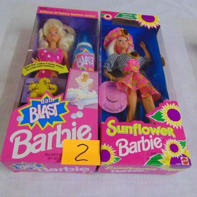 2 Barbie dolls