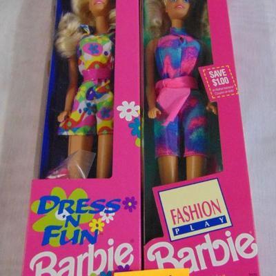 20 Barbie dolls