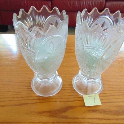 7 Vases