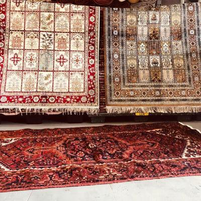 Persian & Pakistani  Rugs Kilims on different sizes and designs,  Made with 100% natural wool and Cotton, vegetable dyed and hand knotted .