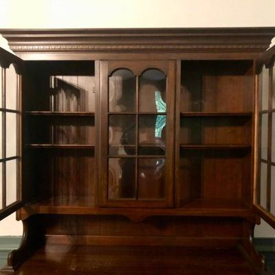 Pennsylvania House Hutch China Cabinet